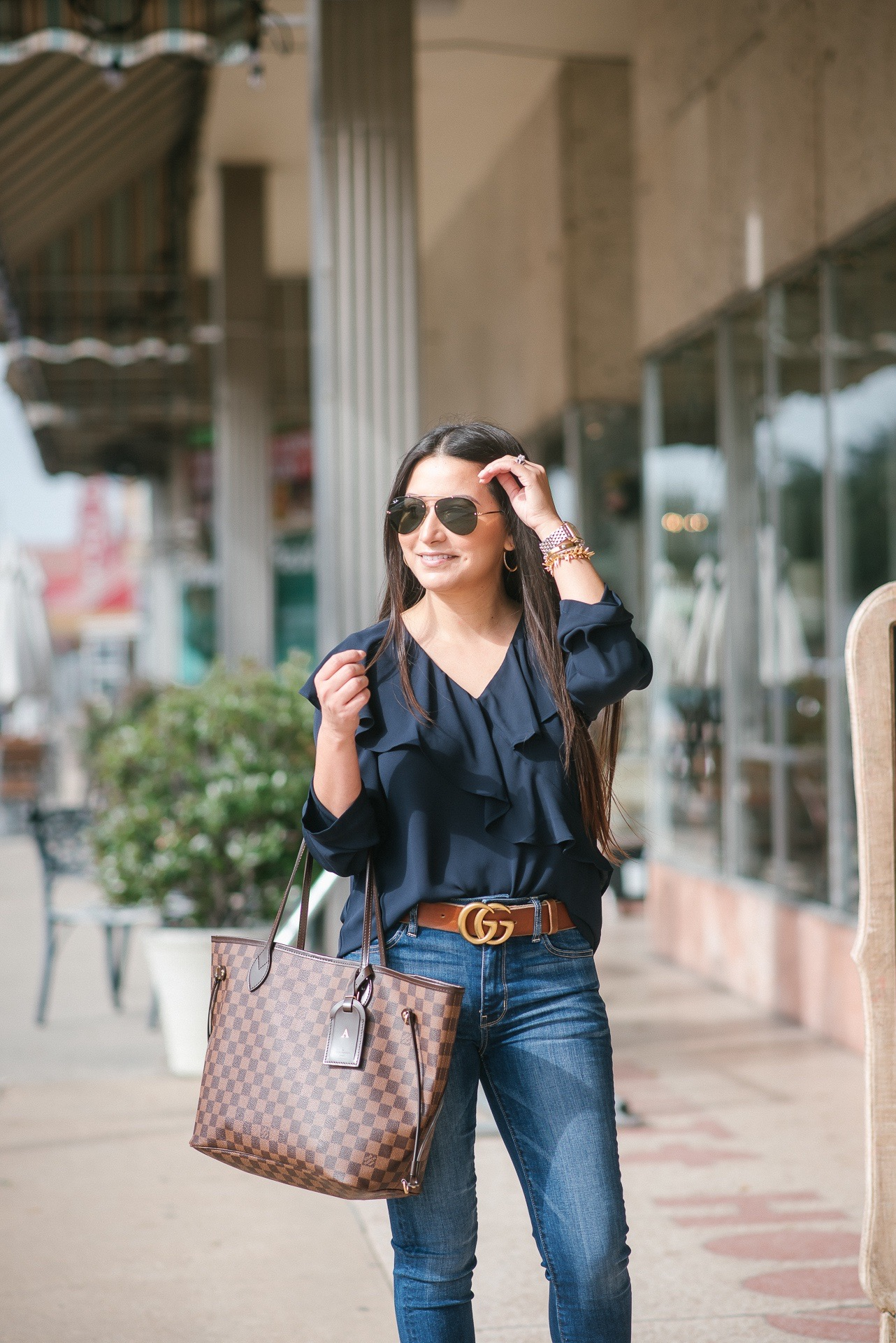ruffle top, gucci marmont belt, lv neverfull mm, ray bans
