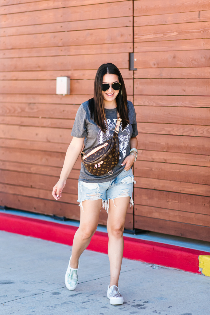 Houston fashion blogger LuxMommy shares Graphic tees you'll love