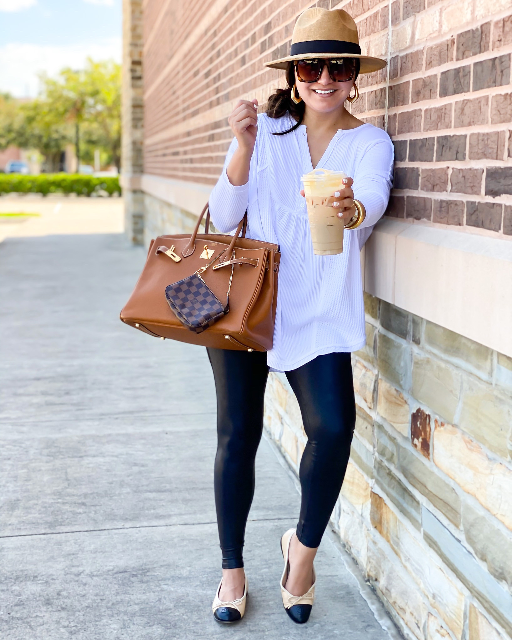 Houston fashion blogger LuxMommy shares her go to Fall starbucks drink order