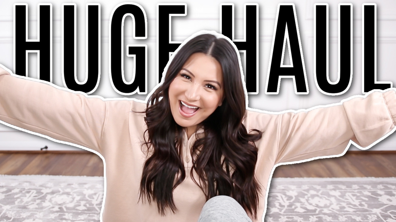 Houston lifestyle and fashion blogger luxmommy sharing clothing haul