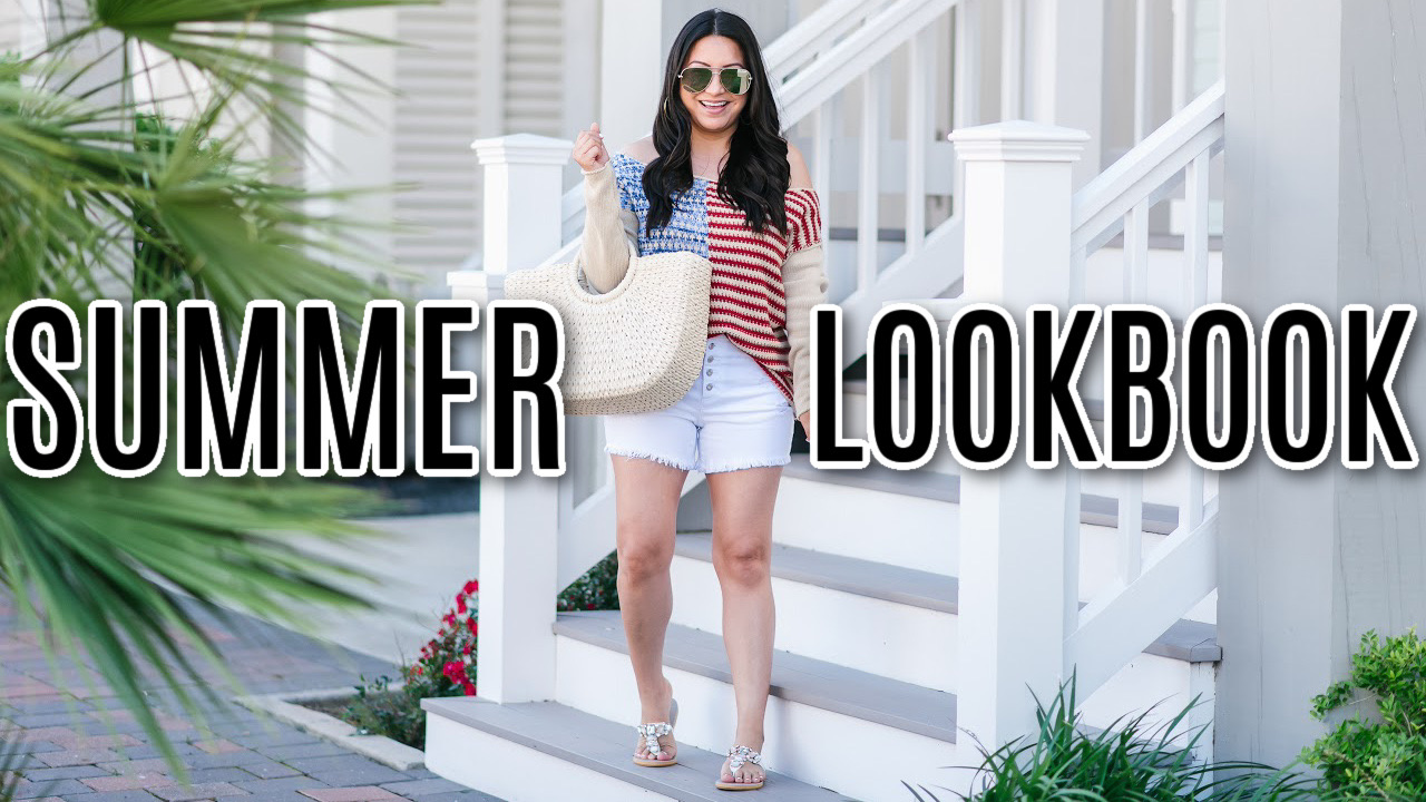 Houston top fashion blogger LuxMommy sharing summer outfits