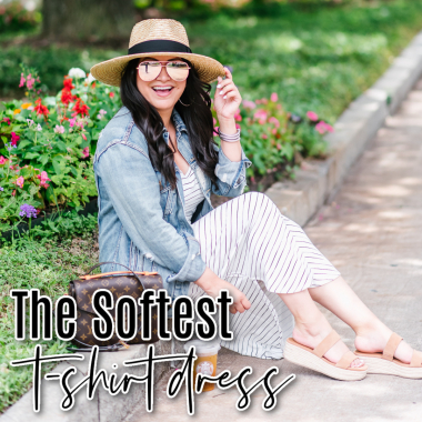 Houston top fashion blogger LuxMommy shares the softest t-shirt dress